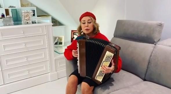 «Грустное зрелище»: 65-летнюю Любовь Успенскую вновь упрекнули за внешность