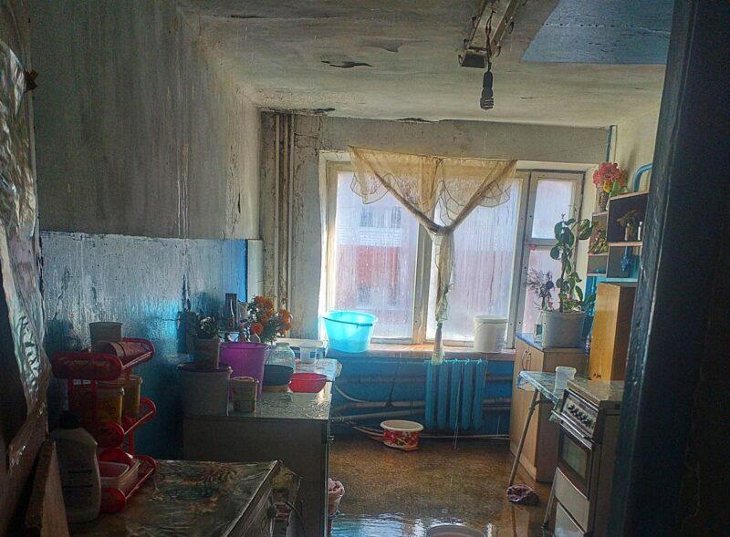 «Мы вынуждены жить в руинах!»: Жильцы дома по улице Шауляйская 4 рассказали о чудовищных жилищных условиях
