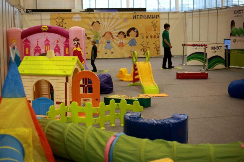 Двухлетний ребенок получил перелом черепа в игровой комнате одного из волгоградских ТЦ
