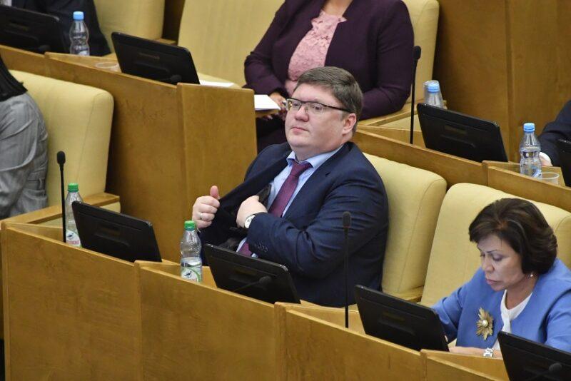 «Единая Россия»: быть ли выходным 31 декабря решать работодателям и профсоюзам