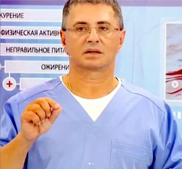 Доктор Мясников рассказал, при каких симптомах существует опасность сразу попасть на операционный стол