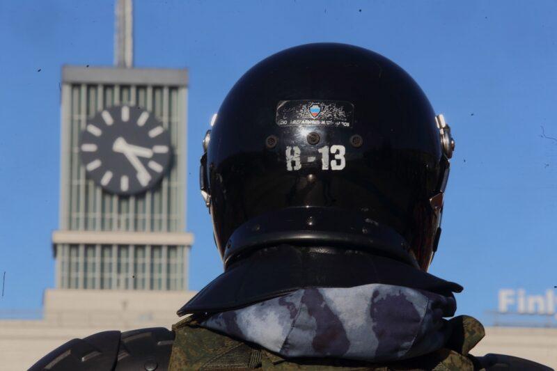 """""""Медуза"""" пытается разжечь протестные настроения в России фейковыми расследованиями"""