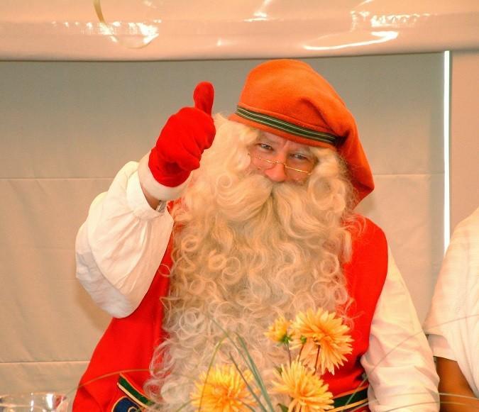 Конфеты для новогодних подарков по 156 рублей за килограмм закупает облобразование для волгоградских детей