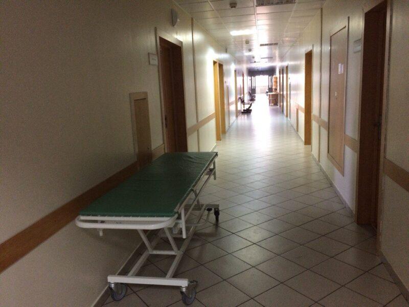 Под Волгоградом на больничной койке погиб молодой водитель