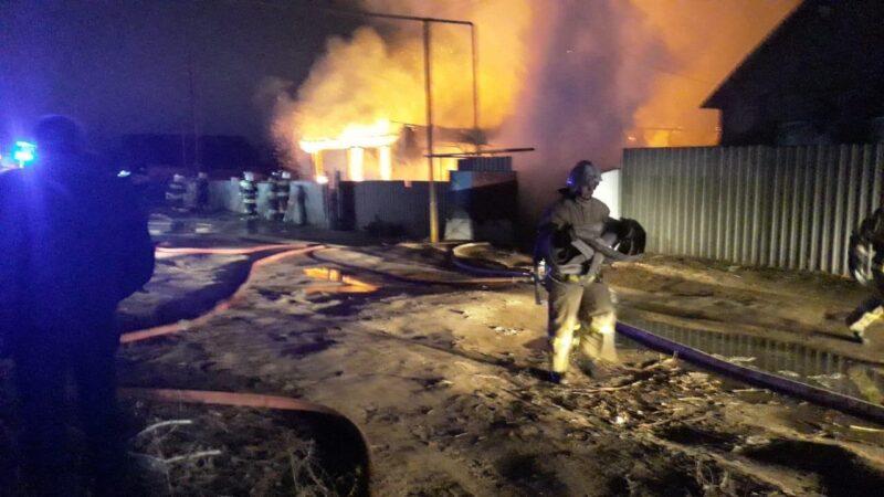 В Верхней Ельшанке бушевал пожар
