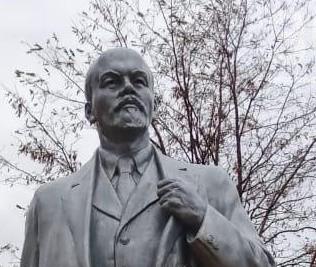 В Волгоградской области 7 ноября появился новый памятник Ленину
