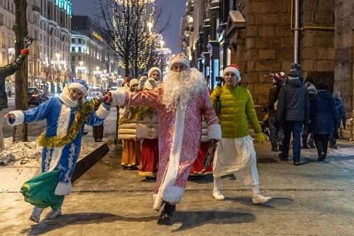Дворовые праздники в Волжском перенесли с рабочей субботы на выходной воскресенье
