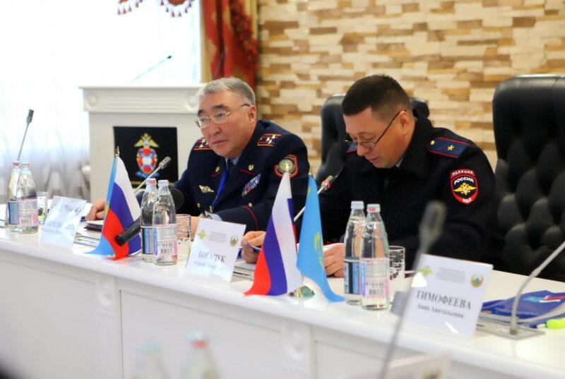 Границы с Казахстаном будут охранять усиленней