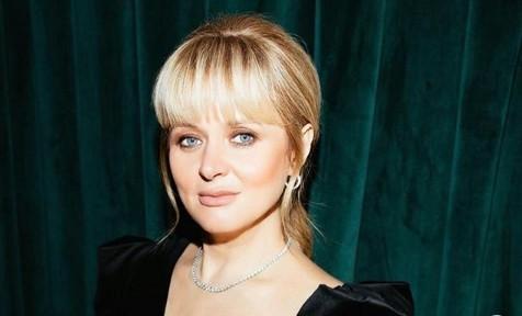 «Забей»: 45-летняя Анна Михалкова дала совет от проблем в личной жизни