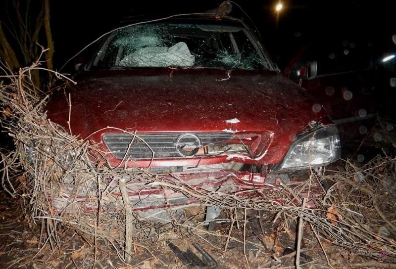 Веселый день рождения: под Волгоградом пьяный гость угнал и разбил автомобиль