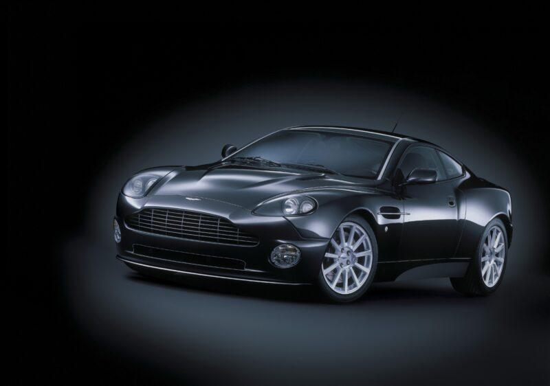 20 миллионов за 10 чёрных седанов: волгоградским чиновникам покупают новые машины