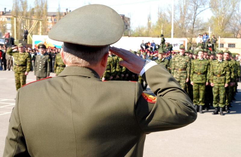 Дезертира оштрафовали на 20 тысяч рублей за неявку на военную службу