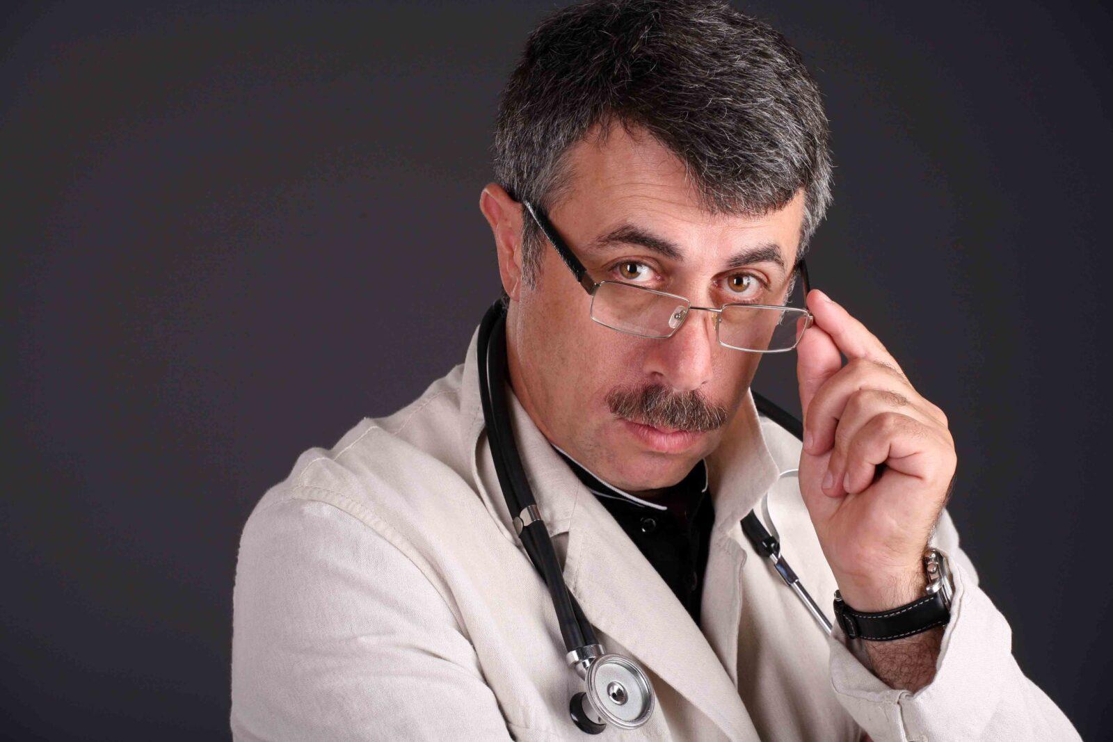 Доктор Комаровский рассказал, что предпринять при симптомах коронавируса