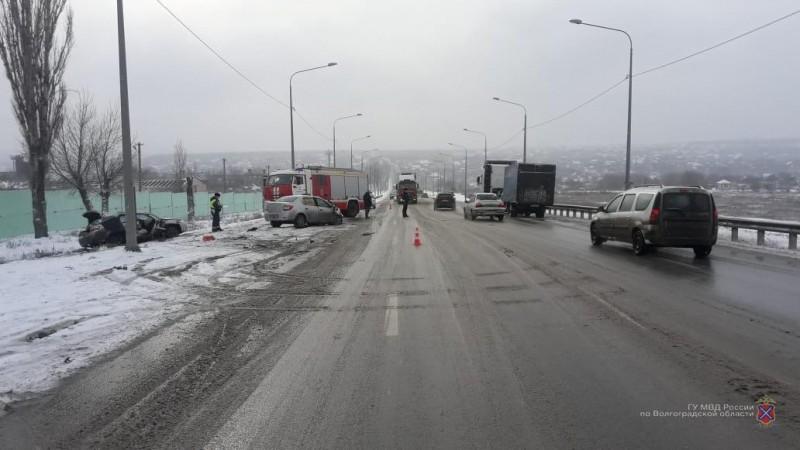 «Не справилась с управлением»: смертельное ДТП в Волгограде