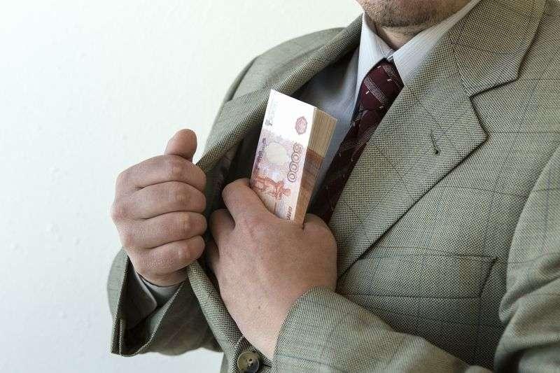 42-летнего волгоградского адвоката уличили в мошенничестве