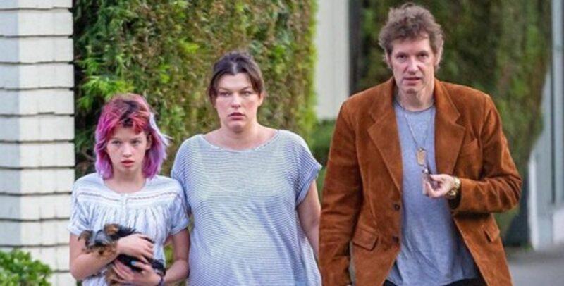 Беременная Милла Йовович поправилась на 22 килограмма