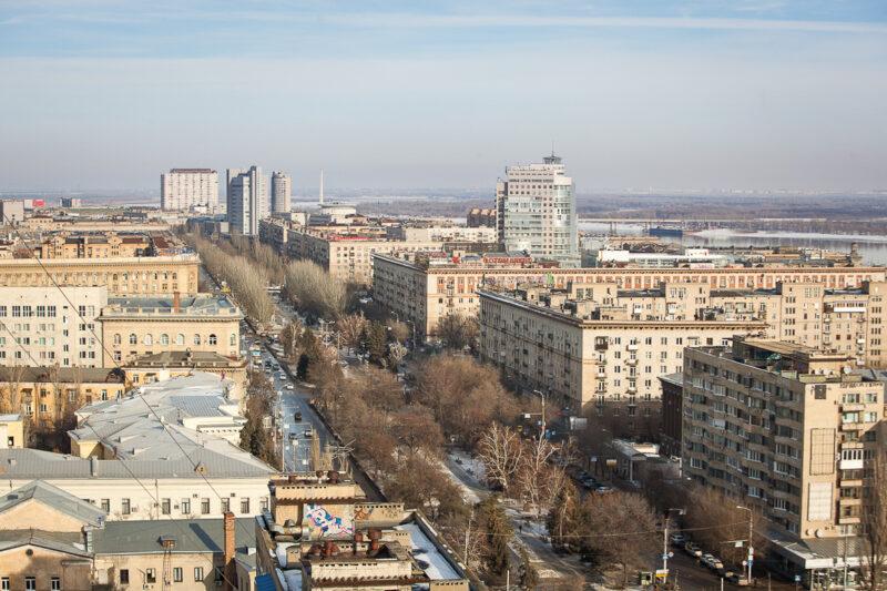 В Волгоградской области начали оперативно ремонтировать дома