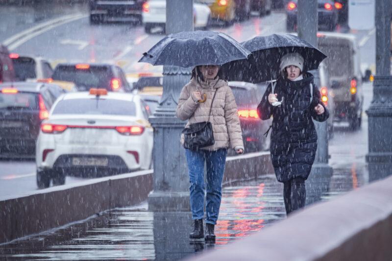 На Волгоград обрушится дождь со снегом