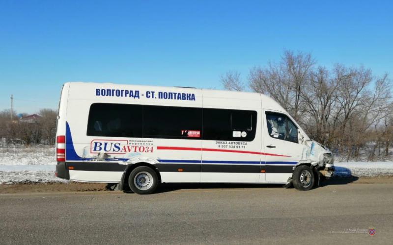 14-летняя пассажирка маршрутки пострадала в ДТП на трассе под Волгоградом