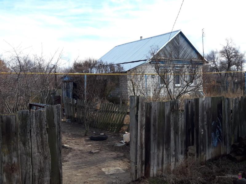 35-летняя волгоградка прописала 50 узбеков