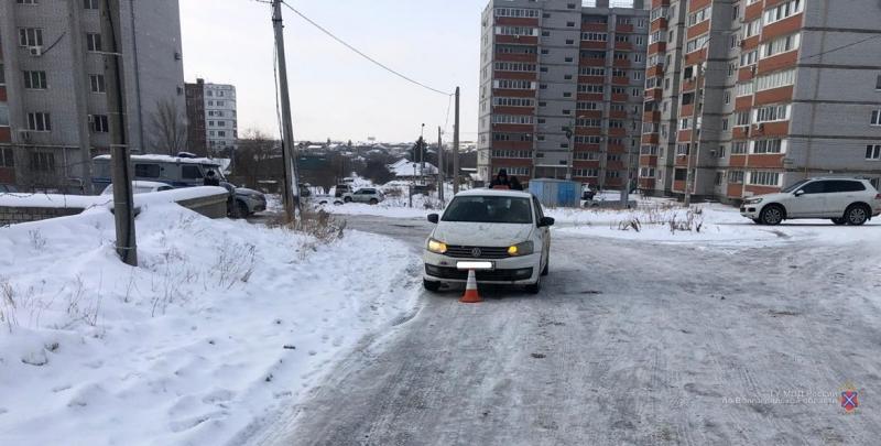«Не ходите по дороге»: сразу несколько пешеходов за сутки угодили под машины в Волгограде