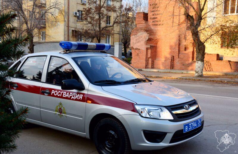 Росгвардия: подозрительный мужчина в Калаче-на-Дону был в федеральном розыске