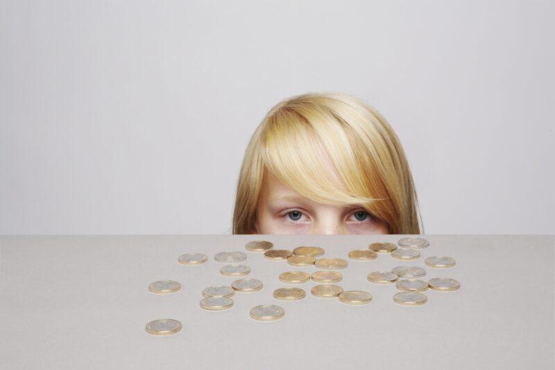 В Волгограде начали принимать заявления на выплаты детям от 3 до 7 лет