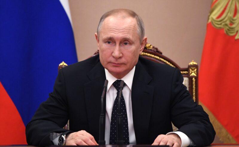 Владимир Путин объявил о мерах соцподдержки Россиян в период борьбы с COVID-19