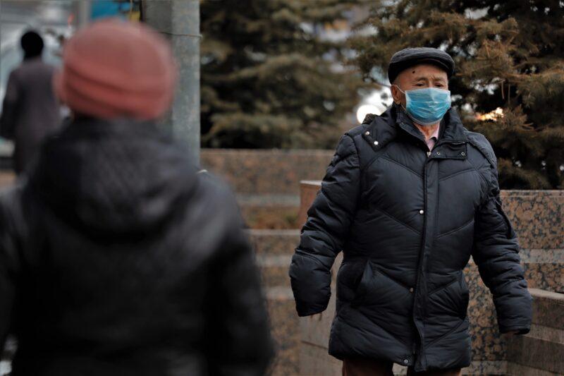 В России число заразившихся новым коронавирусом превысило 100 человек