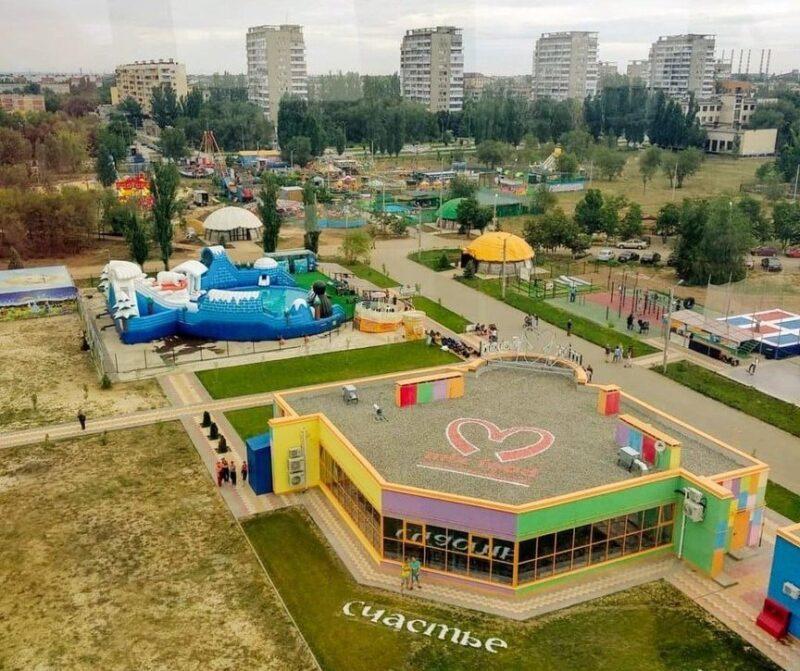 В Волжском продолжают разрешать проводить офф-лайн праздники