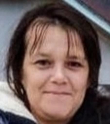 В Волгограде ищут пропавшую женщину с родинкой на щеке