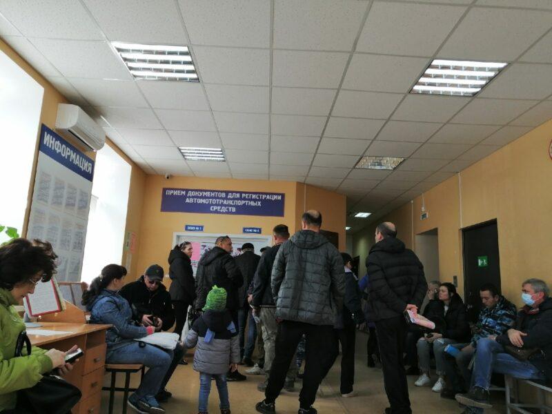 В Волгоградской области отменили «живые очереди» в ГИБДД