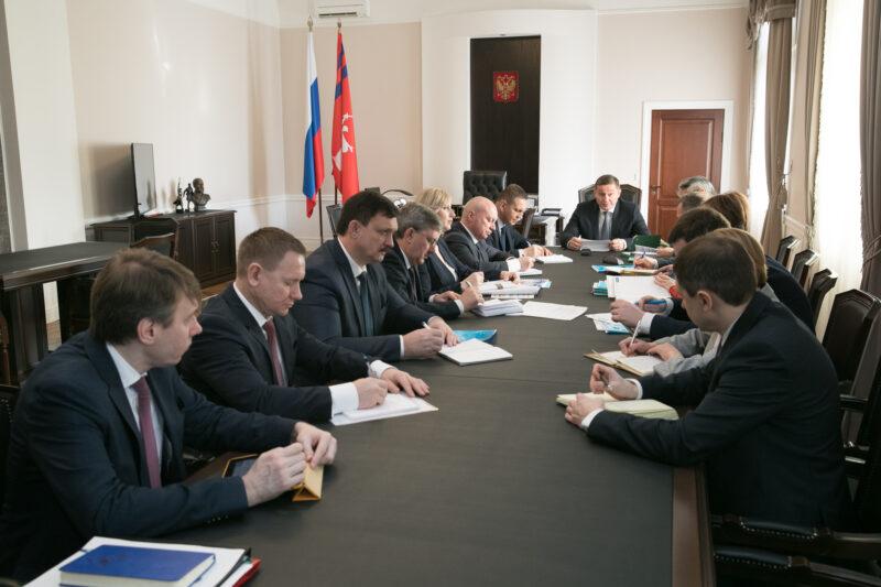Волгоградский губернатор скомандовал начать субботники и ремонты дорог