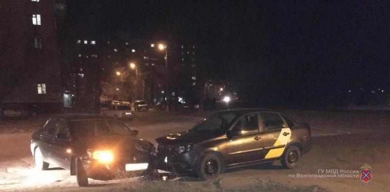 В Волгограде водитель «Яндекс.Такси» покалечил 10-летнюю девочку