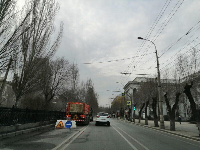 В Волгограде прибрали главные дороги