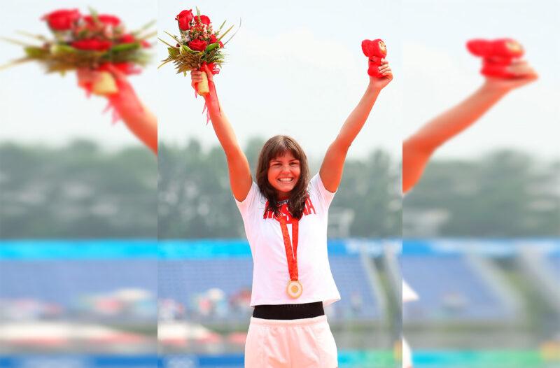 «Я комментариев давать не буду».В школе плавания Ларисы Ильченко не верят в опасность коронавируса