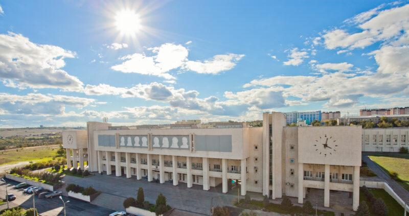 В ВолГУ заявили об усилении противовирусных мер