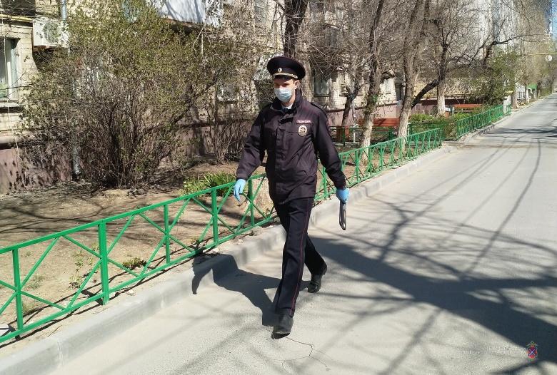 «Работала баня, продавались цветы, ремонтировали обувь»: полицейские обнаружили очередных нарушителей