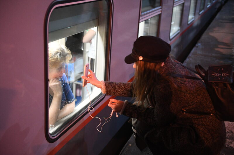 В апреле сократят поезда на Москву, Астрахань и Санкт-Петербург