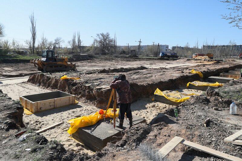В Волжском спешно строят инфекционную больницу