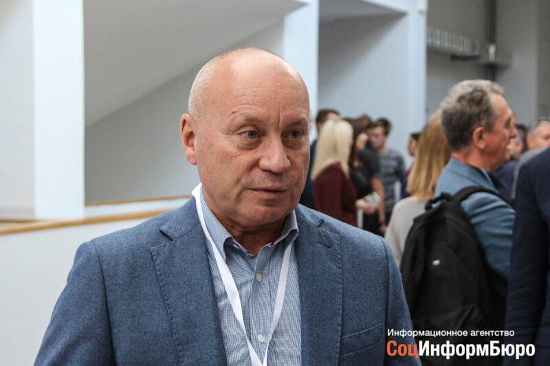 Депутаты приняли отставку главы Волгограда Виталия Лихачева