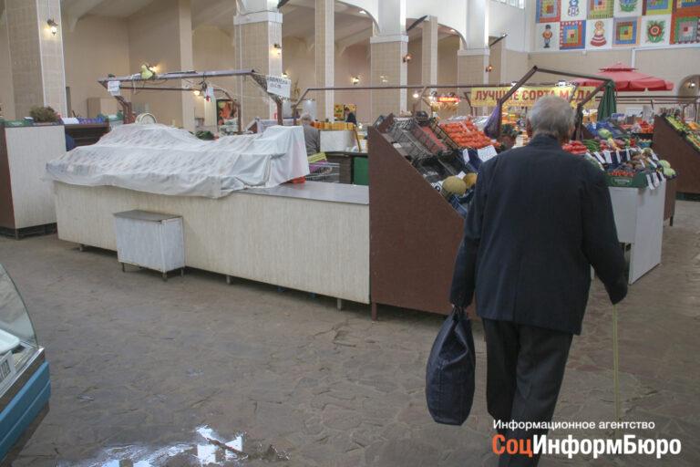В Волгоградской области медленно восстанавливается торговля. Промышленность тоже стала стремительно проседать