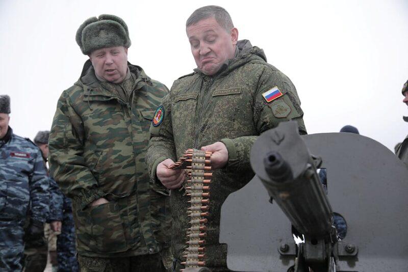 «Кому можно?» Губернатор Волгоградской области разрешил работу 12 отраслей экономики