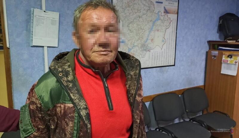 Приезжий бомж насмерть зарезал жителя Волгограда и покалечил еще двоих