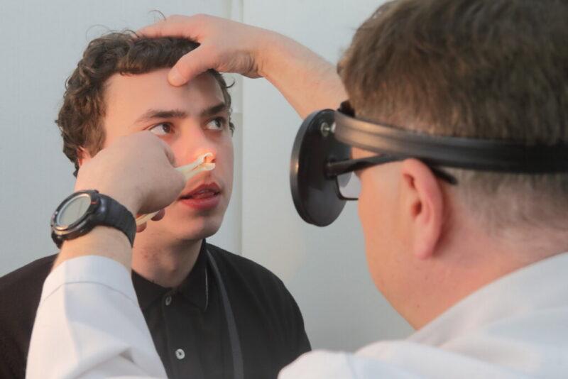 Волгоградских призывников тщательно обследуют на коронавирус