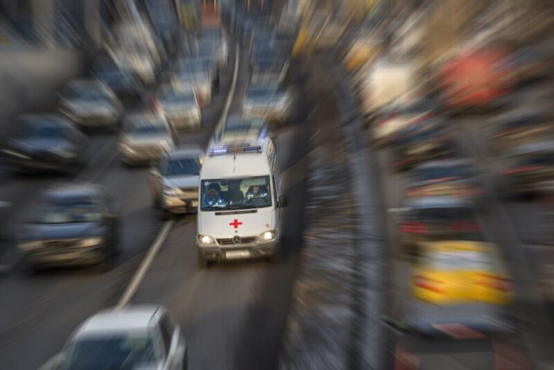 В Красноармейском районе из-за аварии временно изменили движение общественного и автомобильного транспорта