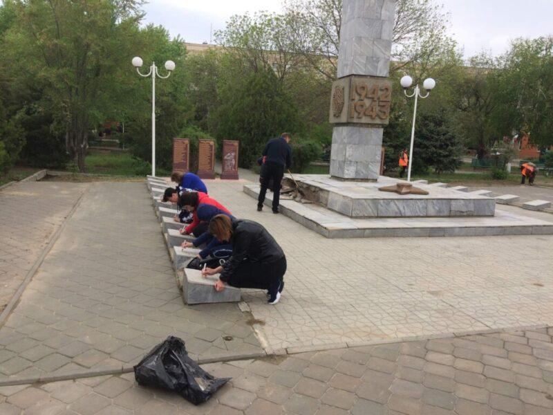 Повезет только 16-ти мемориалам: волгоградские чиновники вновь обещают восстановить военные памятники