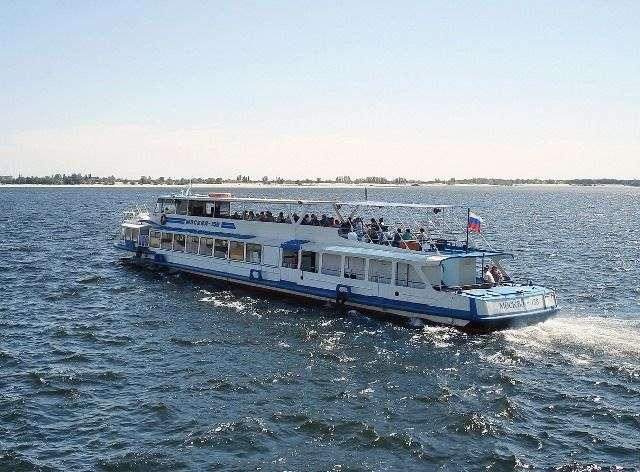 На водном маршруте «Волгоград – Культбаза» увеличили количество рейсов