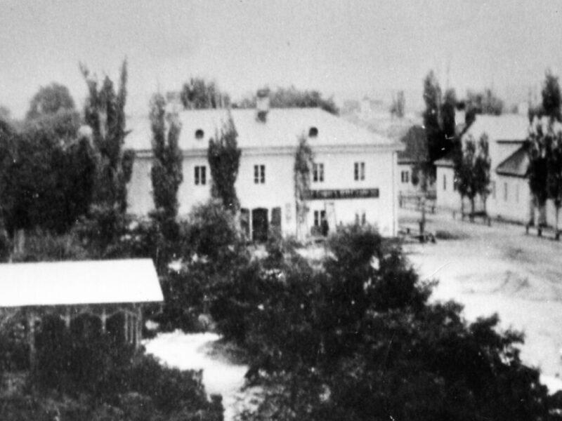 В «Старой Сарепте» открылся «Дом со свечной мастерской»