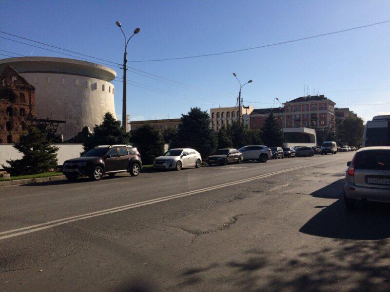 9 мая в Волгограде ограничат движение и стоянку автомобилей